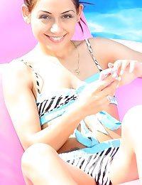 Bikini sweetheart